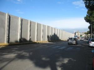 09. Via Buonsignori, le barriere