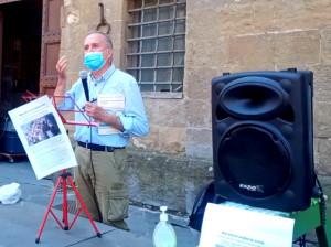 Il prof. Mario Bencivenni alla Maratona oratoria civile del 28 maggio 2021 sotto Palazzo Vecchio